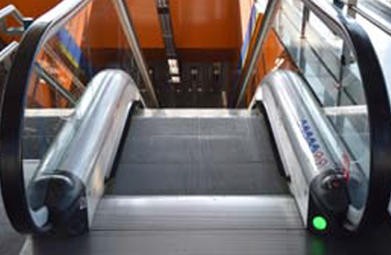 Escalator with green light