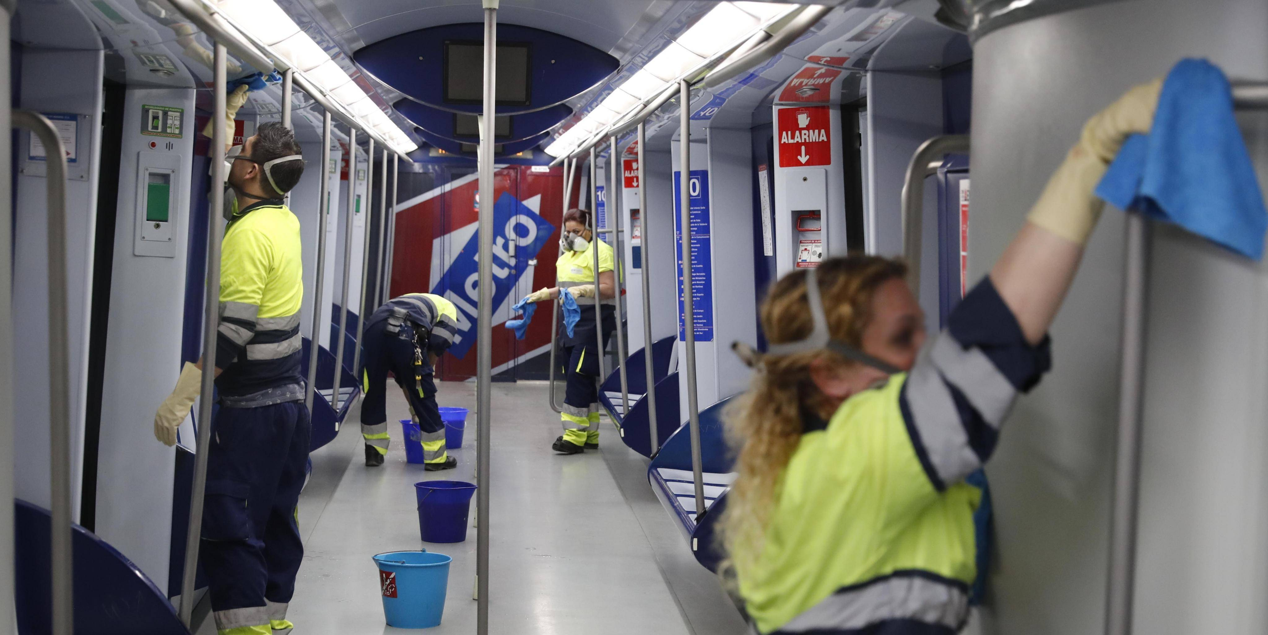 Cleaning of trains