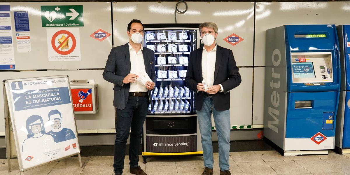 Aguado advances the installation of hydrogel and mask vending machines in Madrid's Metro stations