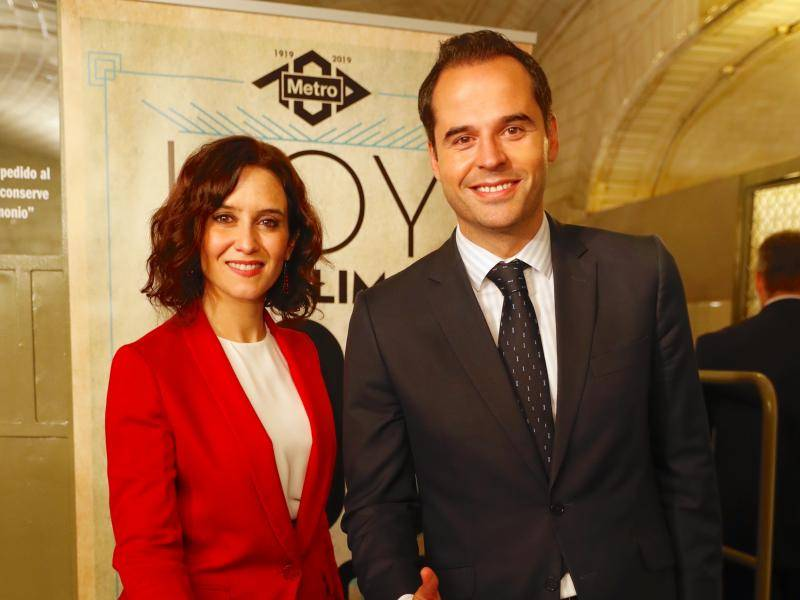 The President of the Regional Government of Madrid attended an event to commemorate 100 years of the Madrid metro system