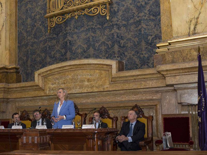 Rosalía Gonzalo takes part in the opening of the workshop entitled '100 years of Metro and its international transition