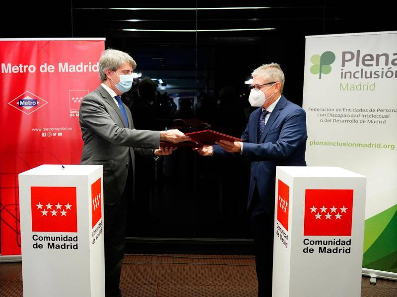 Ángel Garrido, presents the new collaboration agreement with Plena Inclusión Madrid