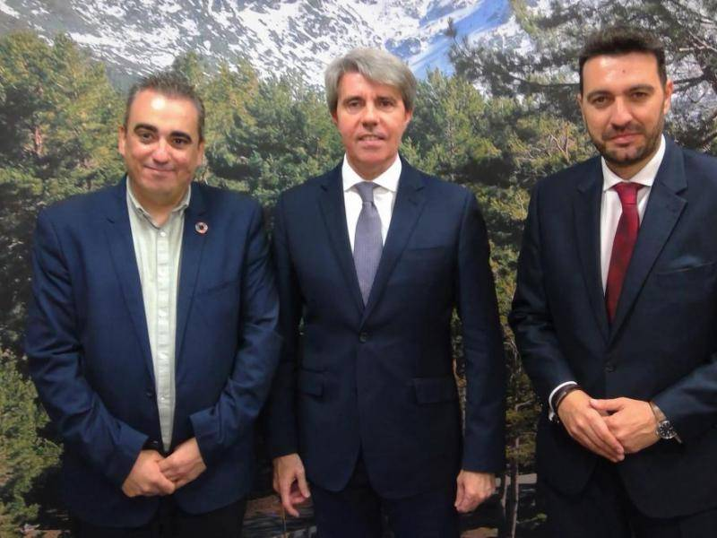 Ángel Garrido meets with the Mayor of San Fernando de Henares